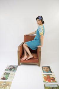 Robe portefeuille bleu turquoise en tissu éponge à manches raglans imprimé vintage Bobine en Scène Quimper
