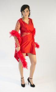 """Création robe de spectacle """"vénule"""" rouge à dentelles par Bobine en Scène à Quimper, Locronan"""